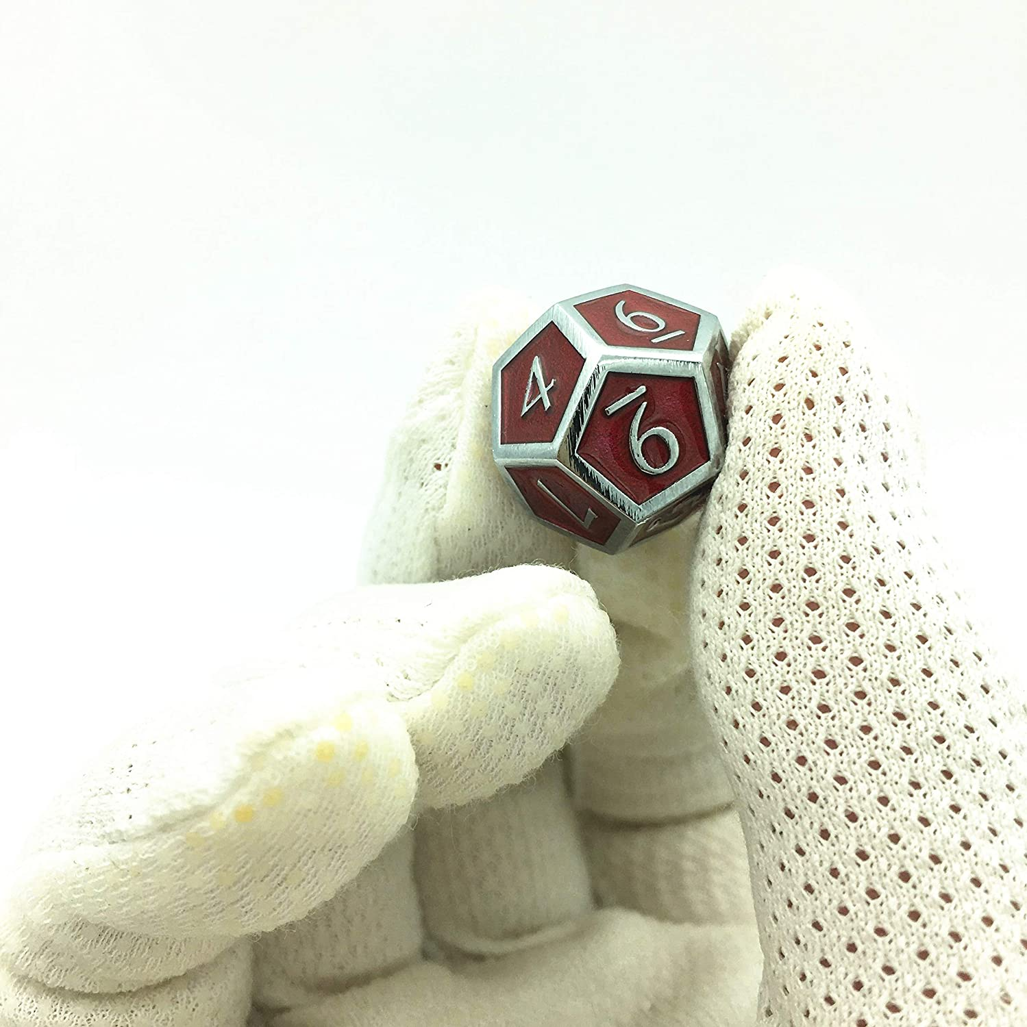 Metallic Tweezers for DND RPG,Chrome Color /& Blood-red Background. Momostar Solid Polyhedron Dice