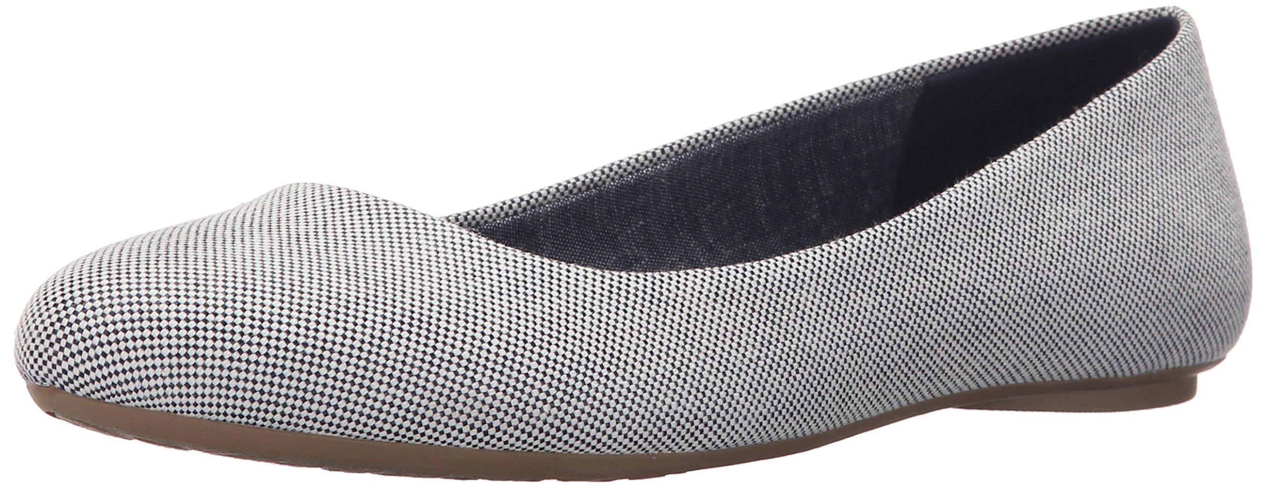 Dr. Scholl's Women's Navy/Gardenia Beach Bag Flat  Shoes - 7 B(M) US