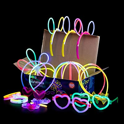 "Play22 Glow Sticks Bulk 500 Pack - 200 Glowsticks and 300 Accessories - 8"" Ultra Bright Glow Sticks Party Pack Mixed Colors - Glow Sticks Necklaces and Bracelets Enjoyable for Adults and Kids, 6045: Toys & Games"