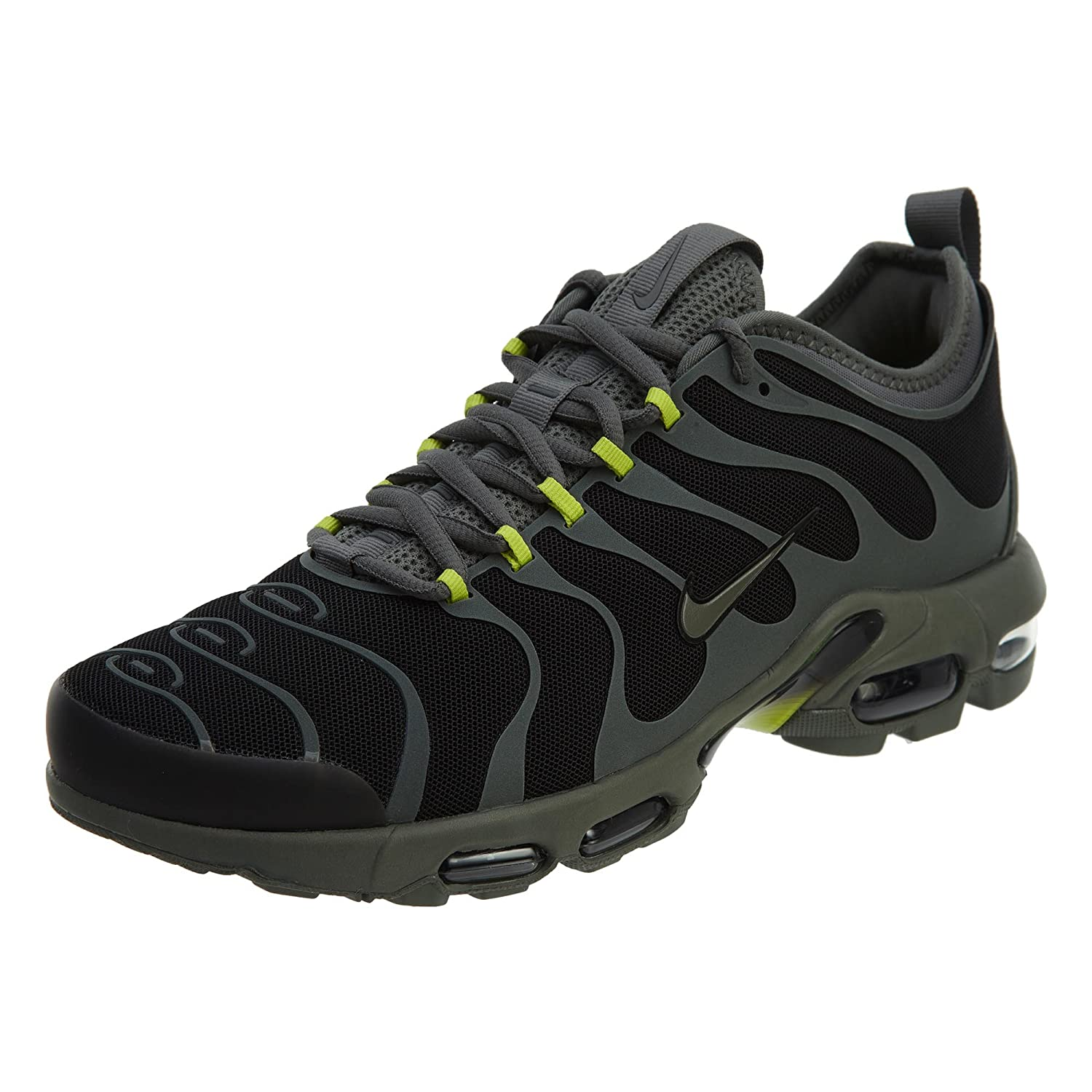 best service 56ace 0daf5 Amazon.com   Nike Air Max Plus Tn Ultra Mens Style  898015-006 Size  7    Running