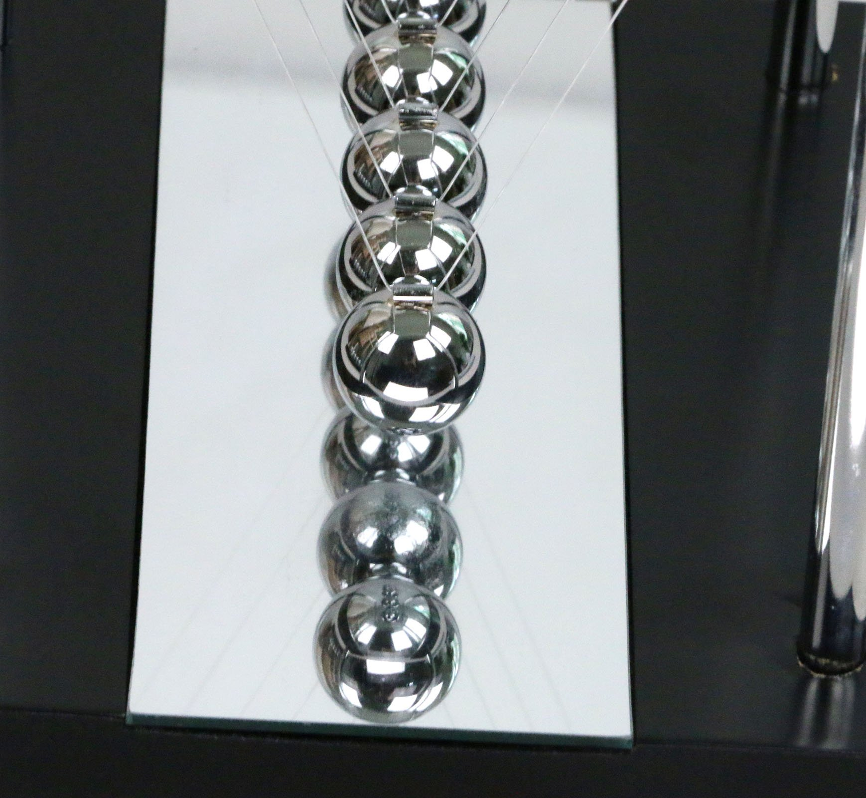 BOJIN Mirror Newton's Cradle Balance Ball Science Kinetic Energy Sculpture - Medium Mirror by BOJIN (Image #6)