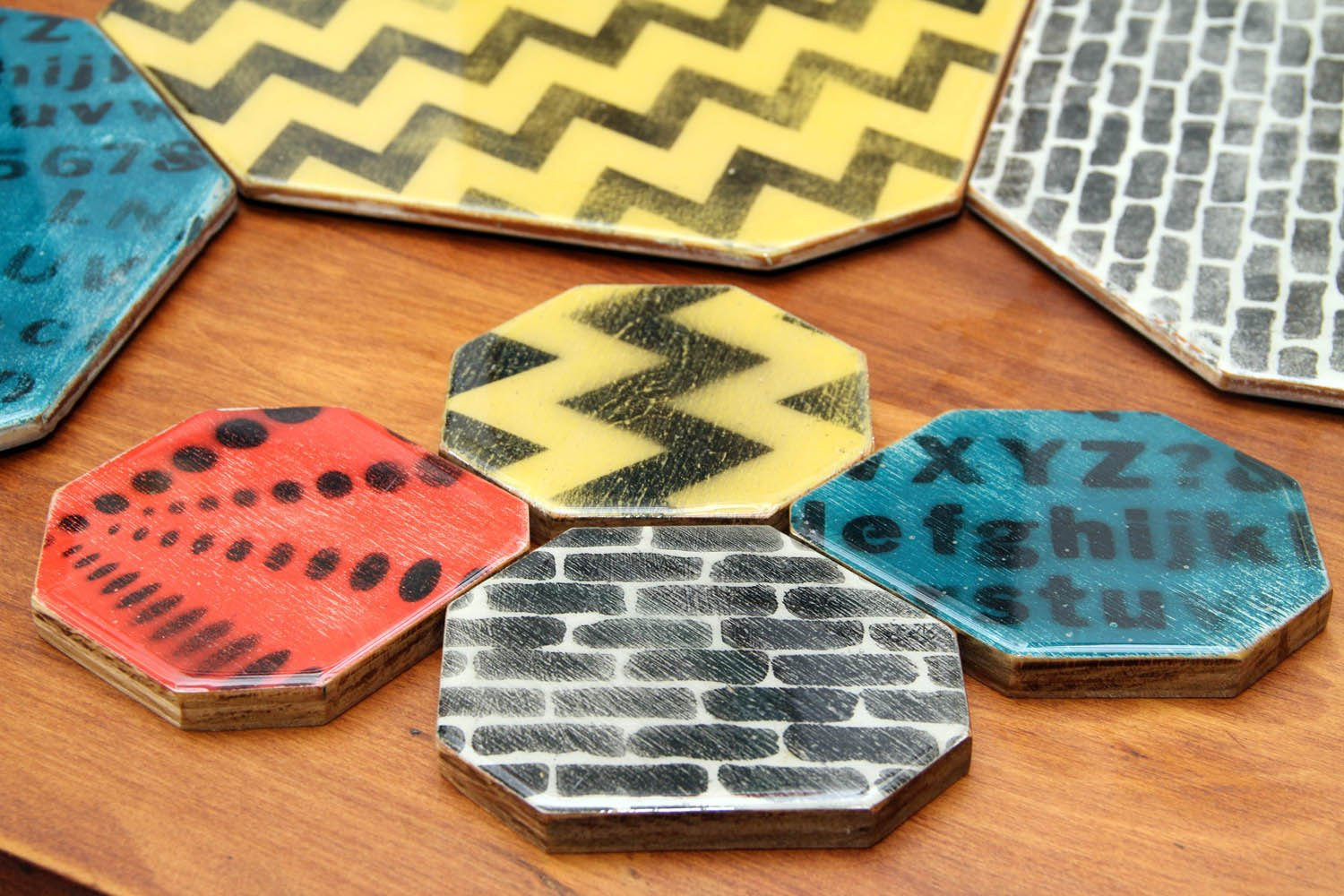 Set of 4 Colorful Reclaimed Wood Placemats and Coasters