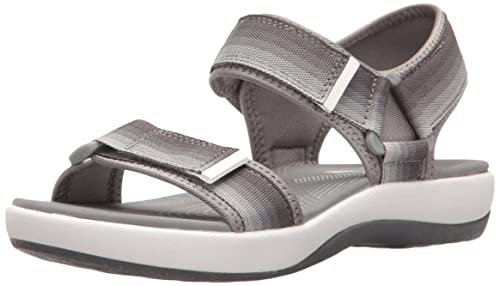 f52b1edf8a7a Clarks Womens Brizo Ravena Flat Sandal  Amazon.ca  Shoes   Handbags