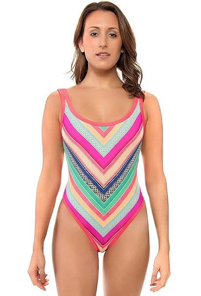 9f1814c957 Amazon.com  Body Glove Women s Joy Rocky Surf Suit Swimsuit  Sports ...