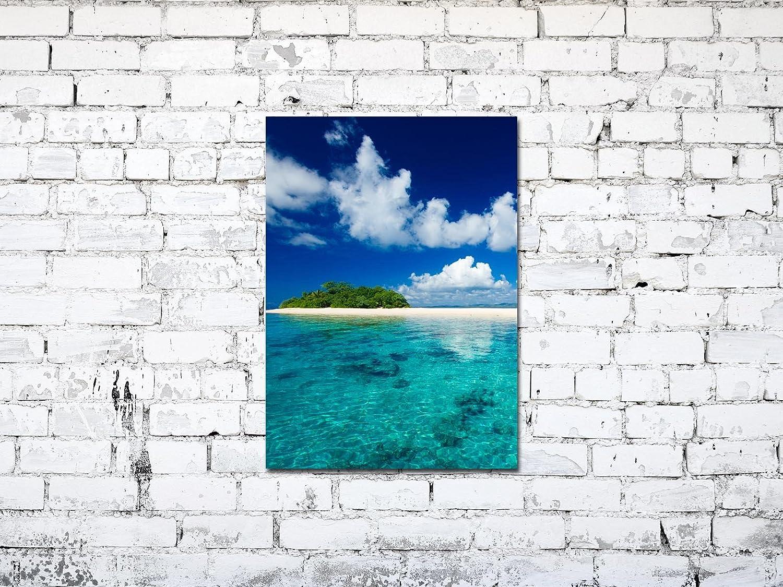 Wandbild hinter 4mm starker Sicherheitsglas-Scheibe inkl Premium Glasbild EG4705000797 DEKO 50 x 70 cm INSEL PARADIES CYAN montierten Aufh/ängern und Abstandhalter f/ür eine edle TIEFENWIRKUNG
