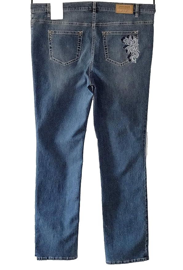 GERRY WEBER Damen Straight Damenjeans Irina, Gr. 46 L32 (Herstellergröße   46R), Blau  Amazon.de  Bekleidung beefc38ed3