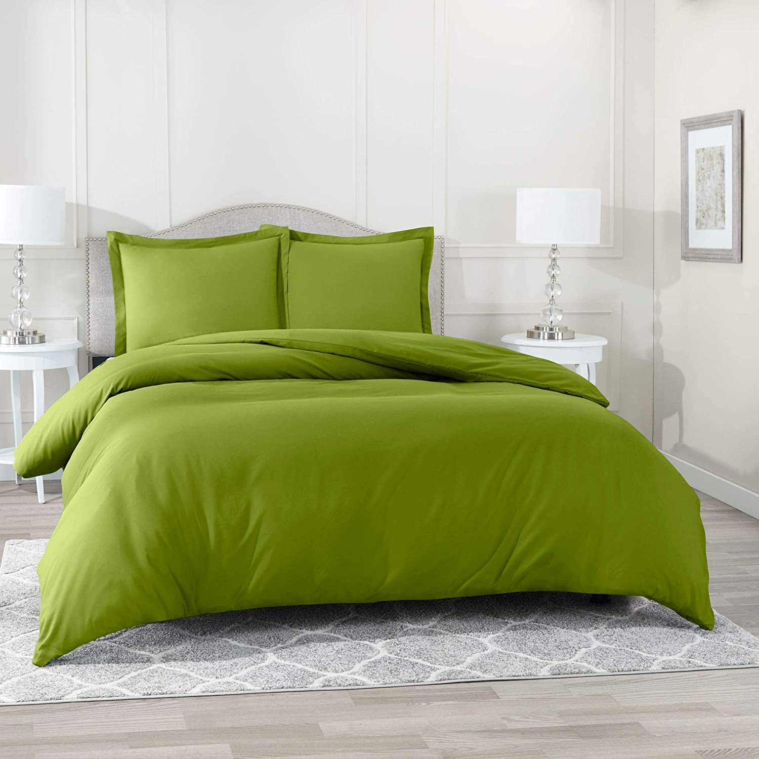 """Nestl Bedding Duvet Cover 2 Piece Set – Ultra Soft Double Brushed Microfiber Hotel Collection – Comforter Cover with Button Closure and 1 Pillow Sham, Calla Green - Twin (Single) 68""""x90"""""""