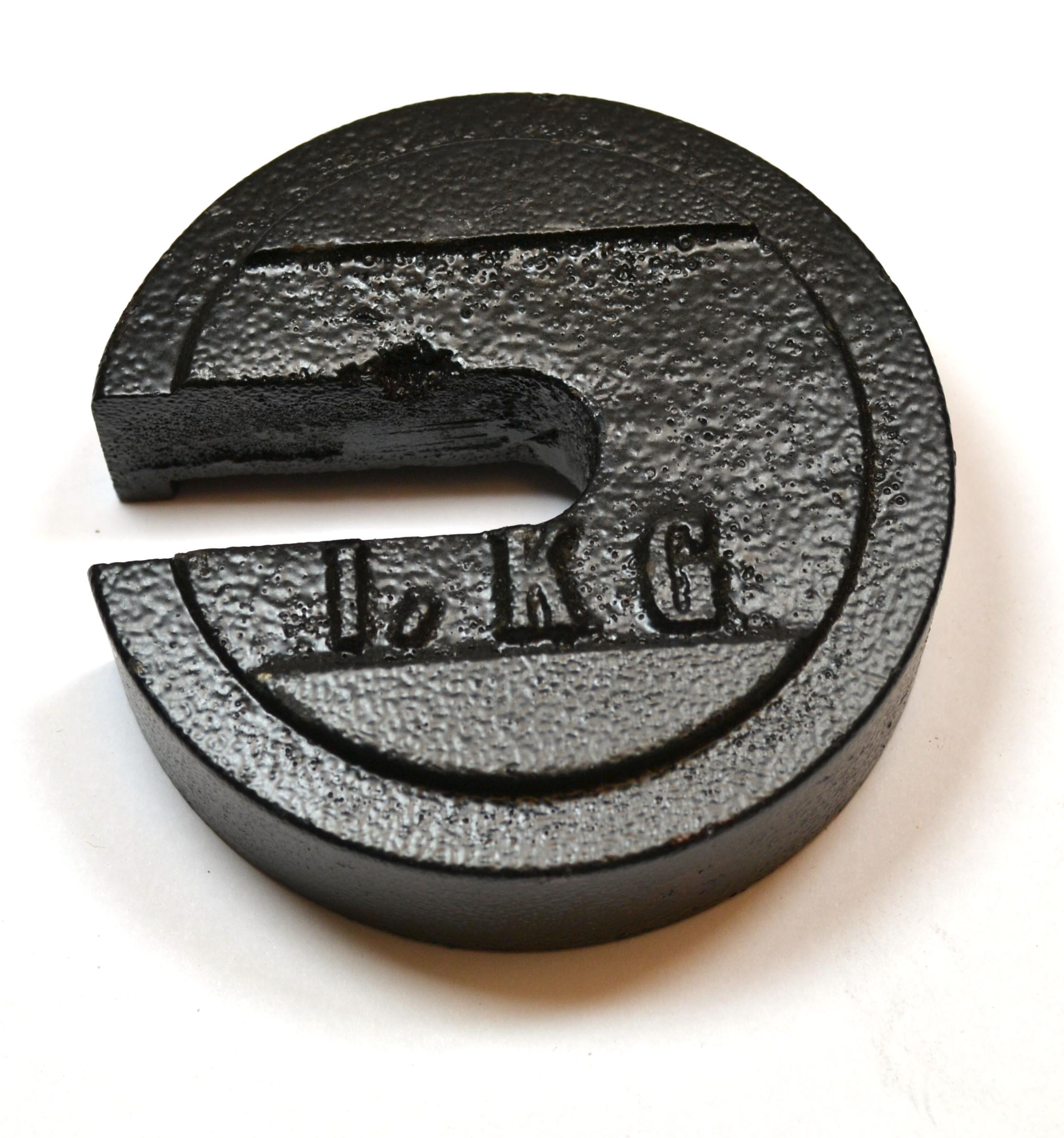 Eisco Labs Cast Iron Slotted Weight - 1 Kg Painted Black (2.20 pounds) by EISCO