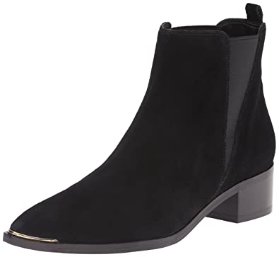 bc1bff3cdccb Amazon.com | Marc Fisher LTD Women's Yale Ankle Bootie | Ankle & Bootie