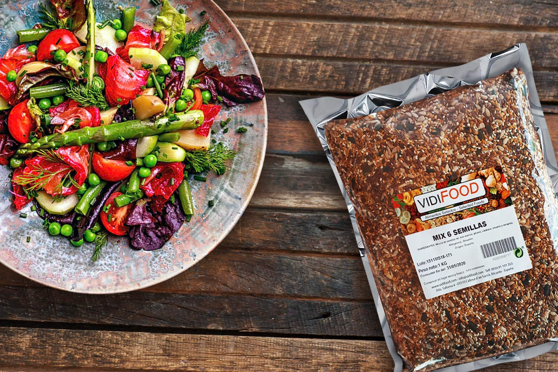 Quinoa Roja - 1kg - Fuente Rica de Aminoácidos, Vitaminas y Minerales - La Mejor Calidad - 100% Natural y Sin Toxinas