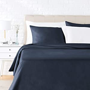 AmazonBasics Cotton and Rayon Derived from Bamboo Duvet Cover Set - Full/Queen, Dark Blue