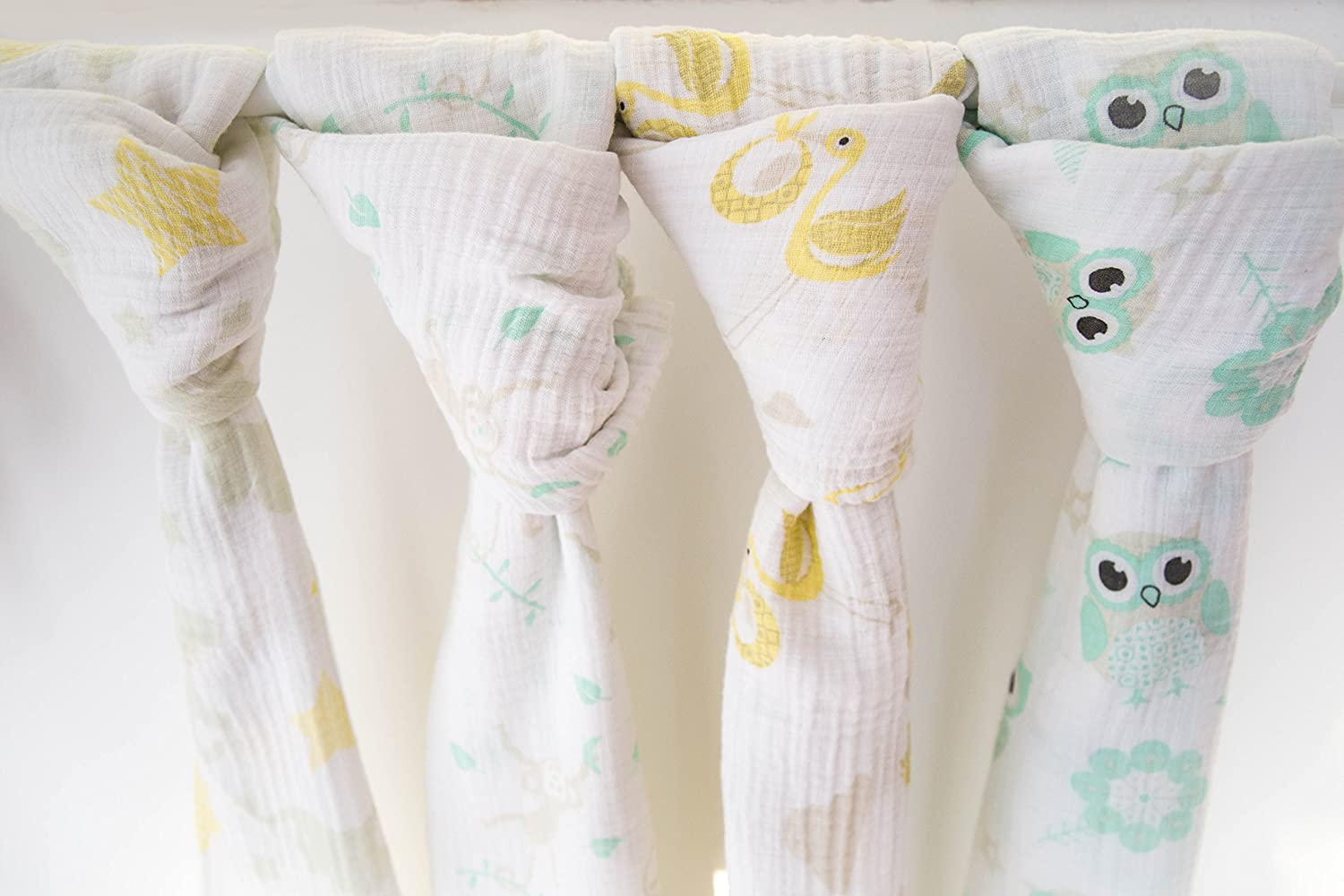 4 x Extra Large Unisex 100% Soft Cotton Baby Muslin Swaddle Blankets - 120cm x 120cm (47 inch x 47 inch) Fun Cute Animal Designs | Owls, Elephants, Monkeys and Birds | Perfect Baby Shower Gift iSwaddle
