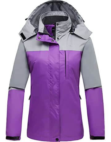 6ab48e01745f Wantdo Women s Mountain Windproof Rain Jacket Breathable Hooded Windbreaker  Outdoor Lightweight Raincoat for Camping Hiking