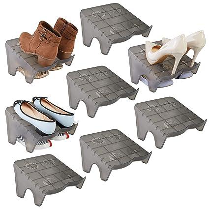 mDesign Juego de 8 organizadores de zapatos – Guarda zapatos apilables para calzado deportivo, tacones