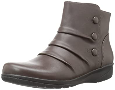 CLARKS Women's Cheyn Anne Boot, Dark Brown, ...