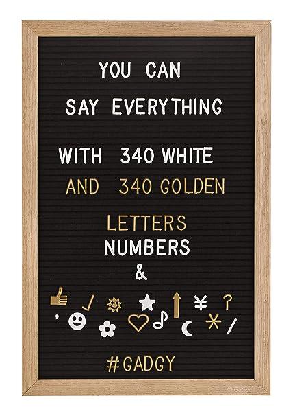 Gadgy ® Fieltro Letter Board 30x45 cm | Retro Tablero de Letras de Madera | Pizarra con 680 Letras & Numeros Blancos y Color Dorado con Bolsa