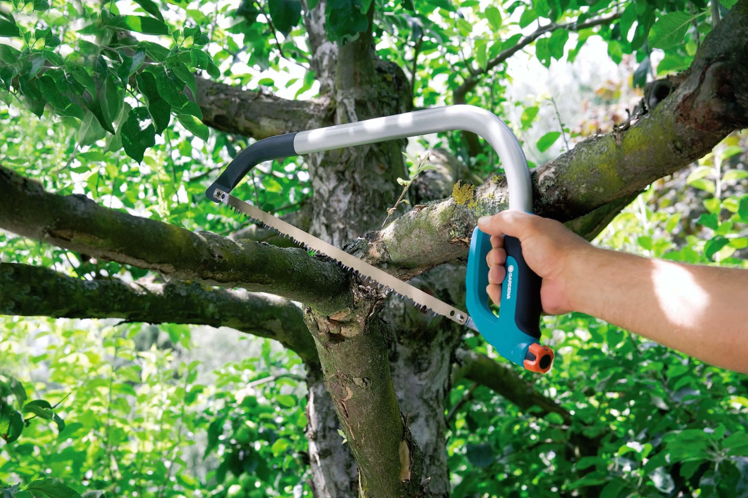 Gardena 8747 Comfort 21-Inch Pruning Bow Saw With Fine Cut Teeth