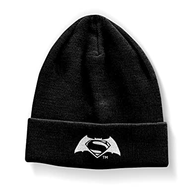 e610c374eb1a5 Amazon.com  Batman Vs Superman Beanie Hat Logo Official Black  Clothing