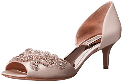 cde051eeb98 Amazon.com  Badgley Mischka Women s Barclay D orsay Pump  Shoes