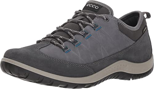 ecco hiking shoes