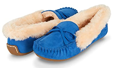 324e58f34b6 Floopi Womens Indoor Outdoor Basic Memory Foam Moccasin Slipper W Faux Fur  Collar (
