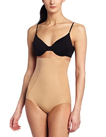 4bf29cc695a Image Unavailable. Image not available for. Color  Hanro Women s Natural  Shape ...