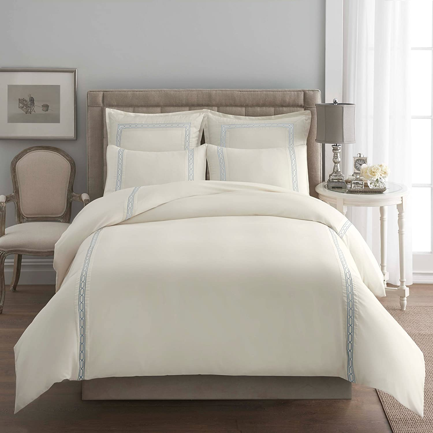 Modern Living Abyss Signature Link Embroidered Duvet, Full/Queen