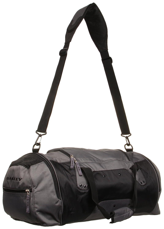6b52e65733 Amazon.com  Oakley Men s Large Carry Duffel Weekender