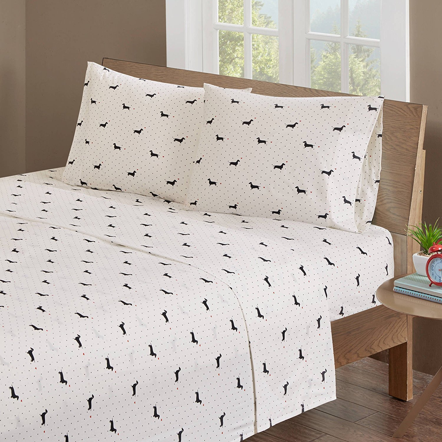 MISC 4pc Black Ivory Cute Doggy Sheets Full Set, Classic Polka Dots, Deep Pocket, Cotton, Red Hearts, Lovely Dachshund Dog, Pet Animal, Features Fully Elasticized Fitted