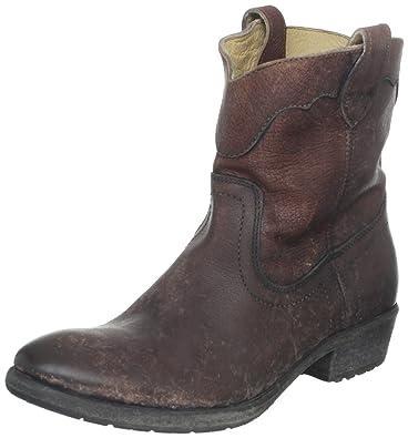 d07e068d7b6 Frye Women s Carson Lug Short Boot