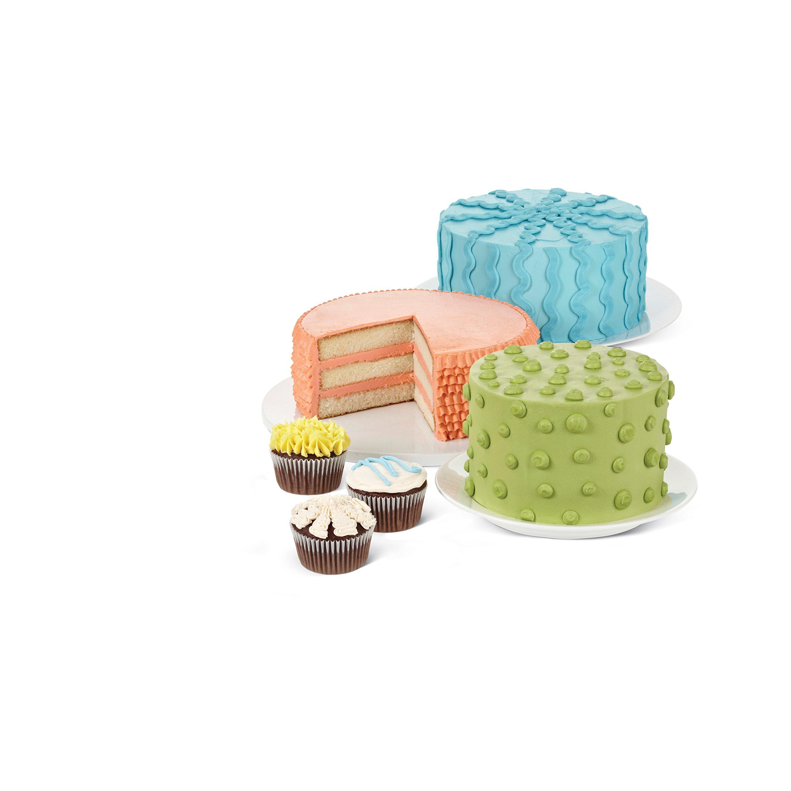 Wilton 46-Piece Deluxe Cake Decorating Set, Cake ...