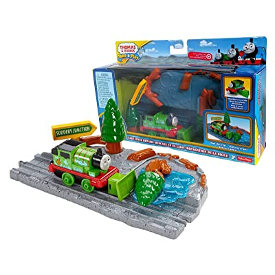 Thomas & Friends Take-n-Play Lake Levee Repair: Toys & Games