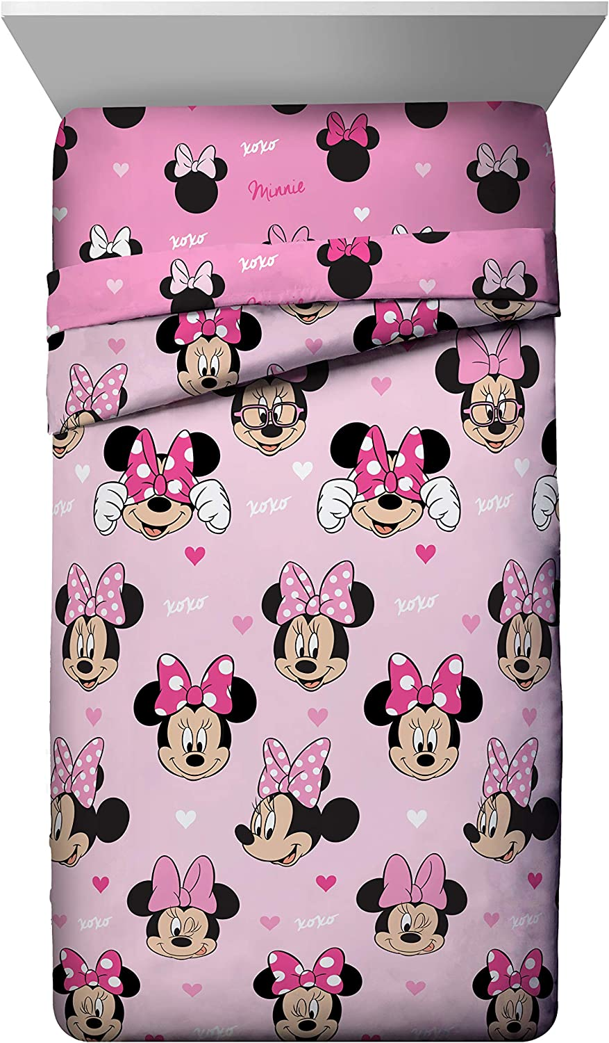 Jay Franco Disney Minnie Mouse Hearts N Love Twin Comforter - Super Soft Kids Reversible Bedding - Fade Resistant Microfiber (Official Disney Product)