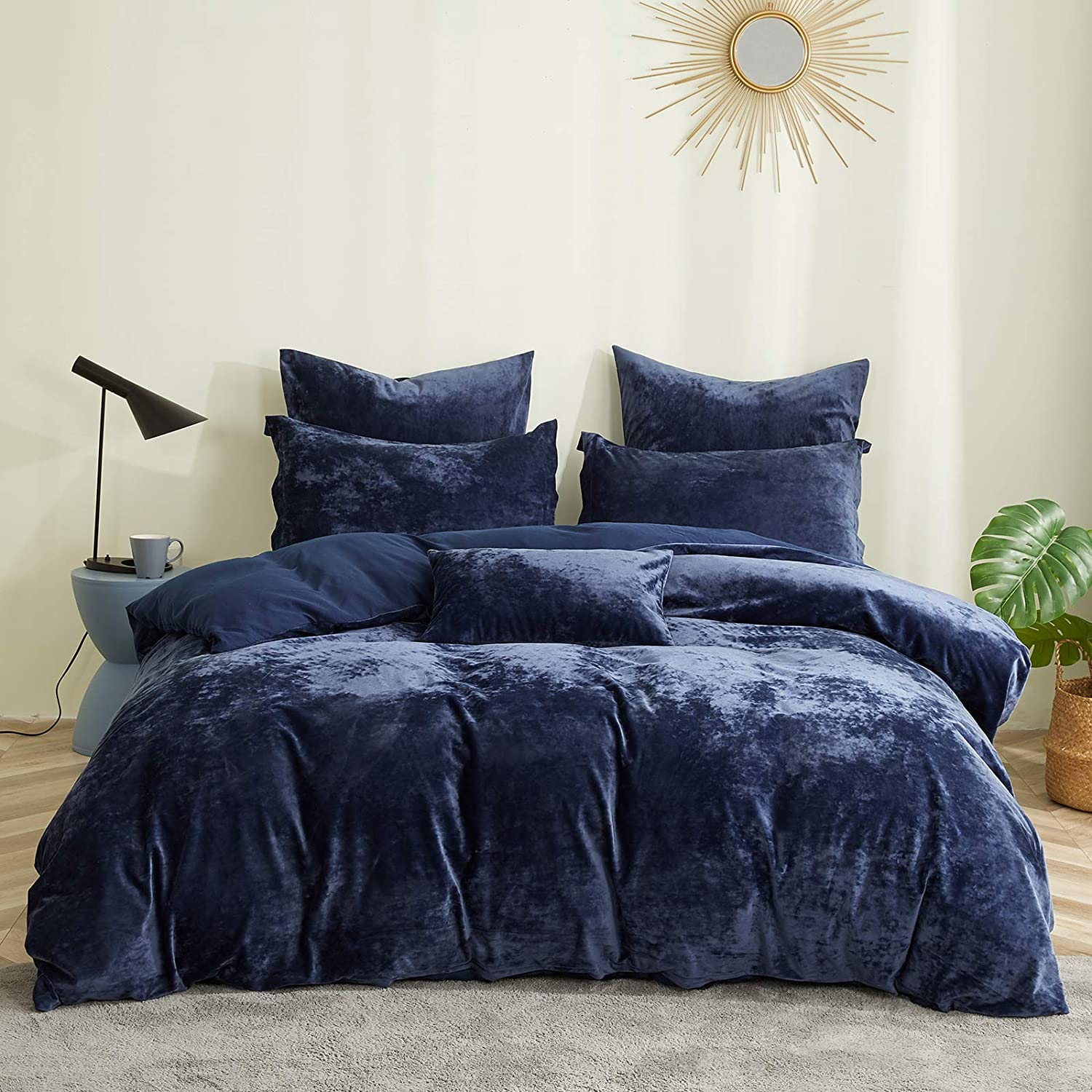 """David's Home Heavyweight Velvet Duvet Cover Set King Size - 3 PCS - Soft, Warm, Solid and Luxurious Bedding Set with Corner Ties, Button Closure - 106"""" x 92"""" , Navy Blue"""