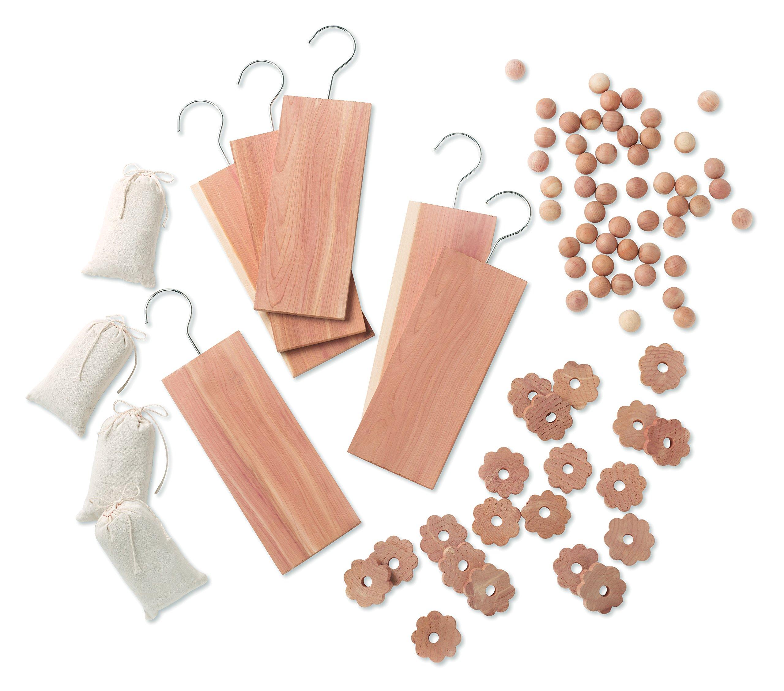 Whitmor Cedar Garment Protection, S/80