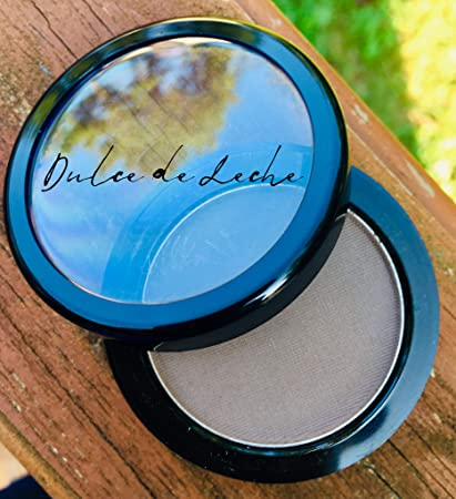 Amazon.com : Dulce de Leche Brow Definer Powder by Kandelicious ~ Taupe ~ Made in the USA : Beauty