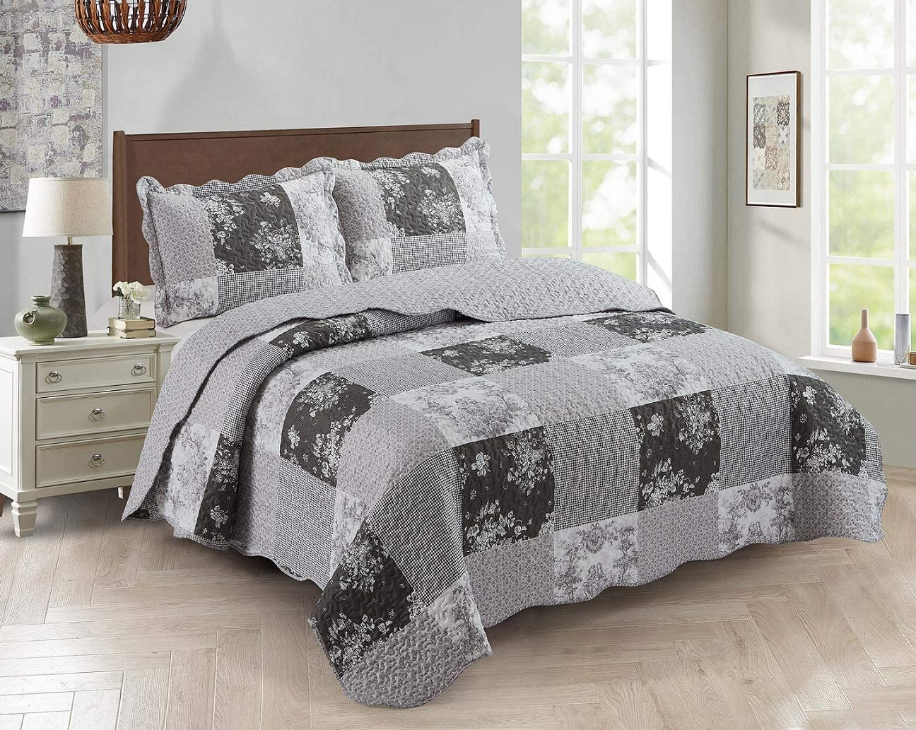 Brilliant Sunshine Country Garden Toile and Floral Patchwork, 3-Piece Quilt Set, Reversible Bedspread, Lightweight Coverlet, All-Season, Full/Queen, Charcoal Gray