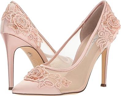 Nina Donela Satin and Mesh Rose Applique Embellishment Pumps ceZ2QtNkhi