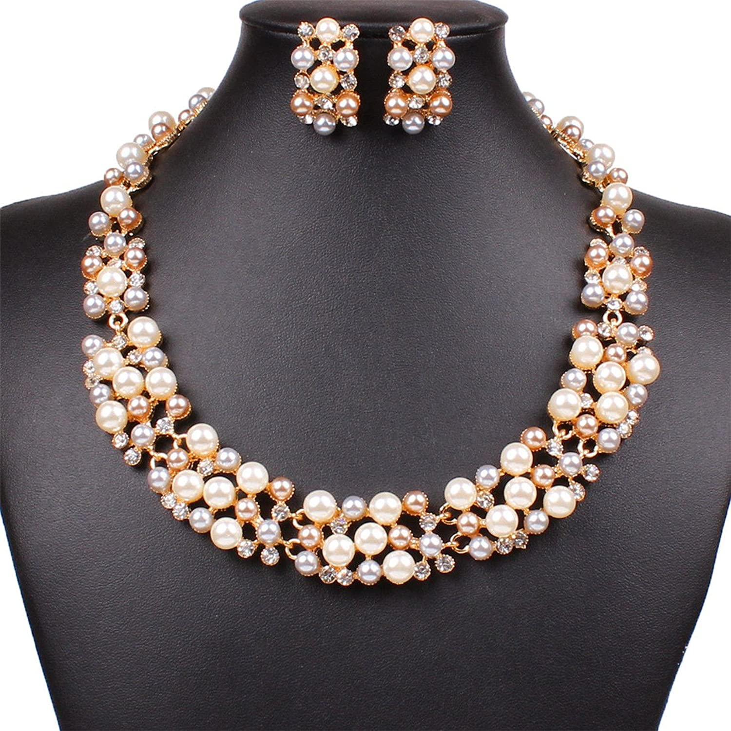 Beautiful Gold and Pearl Jewelry Sets