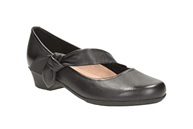 6c9bb5df12a0 Clarks Womens Casual Clarks Ella Lorraine Leather Shoes In Black Extra Wide  Fit Size 4