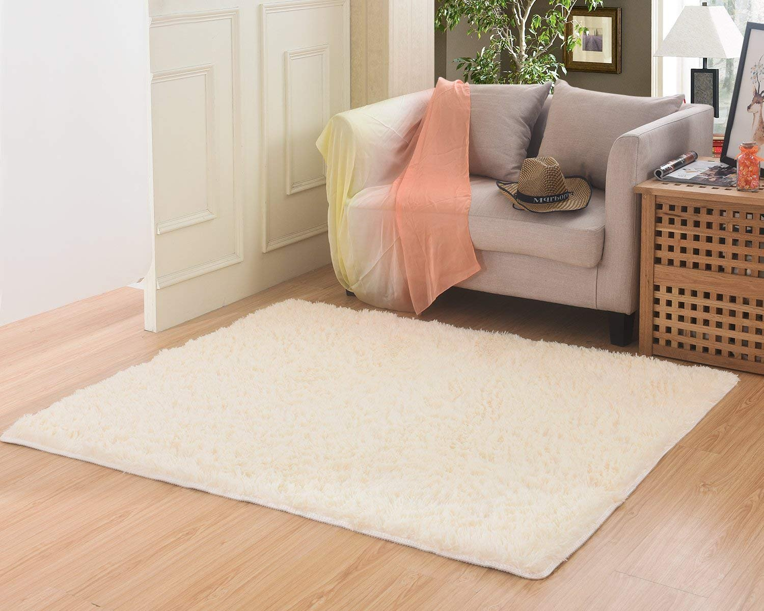 MBIGM Living Room Bedroom Rugs Ultra Soft Modern Area Rugs Thick Shaggy Play Nursery Rug Non-Slip Carpet Pad Living Room Bedroom 4 Feet 5.2 Feet, Beige