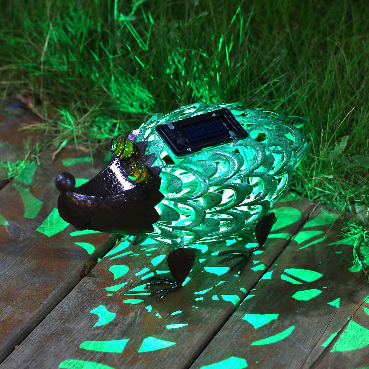 TAKE ME Solar Lights Outdoor Figurines Decor, Cute Owl Solar Light Decorative Metal Warm White LED Decorative Lights for Patio, Lawn, Party TAKEME