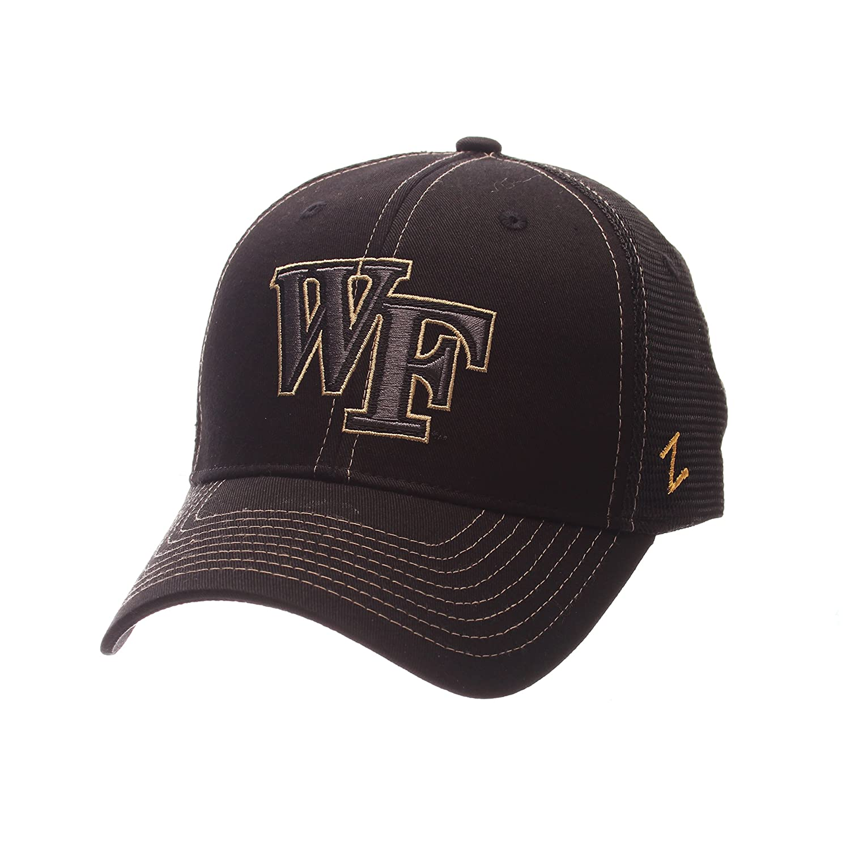 (Wake Forest Demon Deacons, Adjustable Size, Black) - Staple Trucker Blackout Cap B071VZD3BV