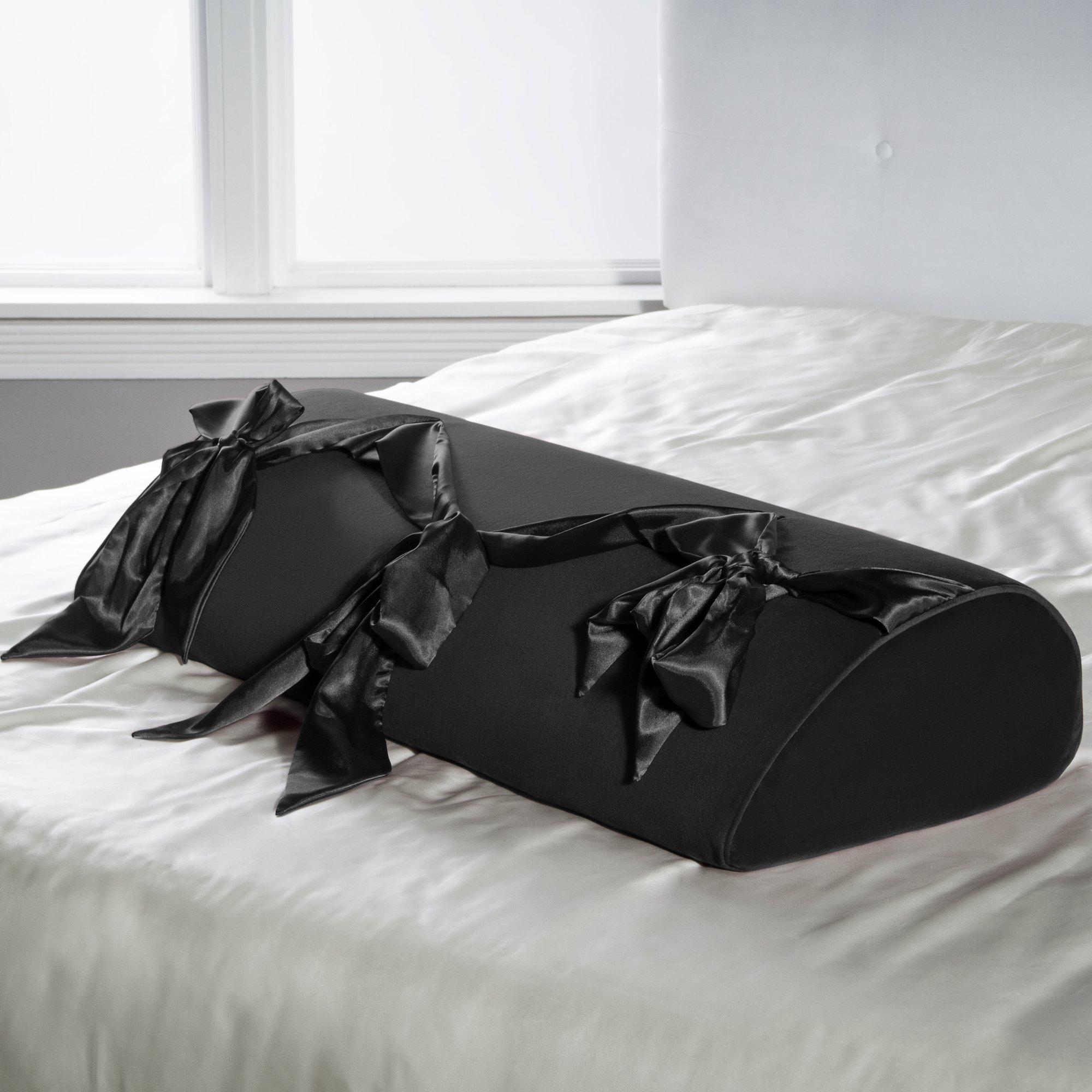 Liberator Decor Series Lovearts Pillow, Black by Liberator (Image #2)