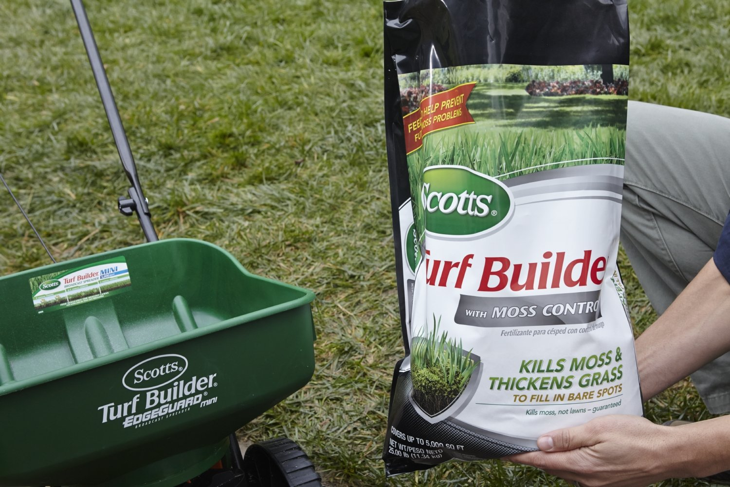 Amazon.com : Scotts Turf Builder with Moss Control, 5M. Not available in FL, MD, NH, or NJ. : Scotts? Turf Builder? With Moss Control : Garden & Outdoor