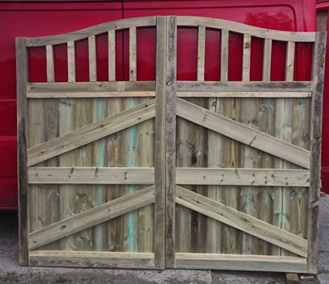 "3FT 3/"" EACH GATE WOODEN DRIVEWAY GATES HEAVY DUTY GATES 6FT HIGH X 6FT 6/' WIDE"