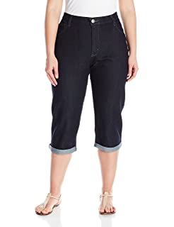 3b0251d3693 LEE Women s Plus Size Easy Fit Frenchie Capri Jean at Amazon Women s ...