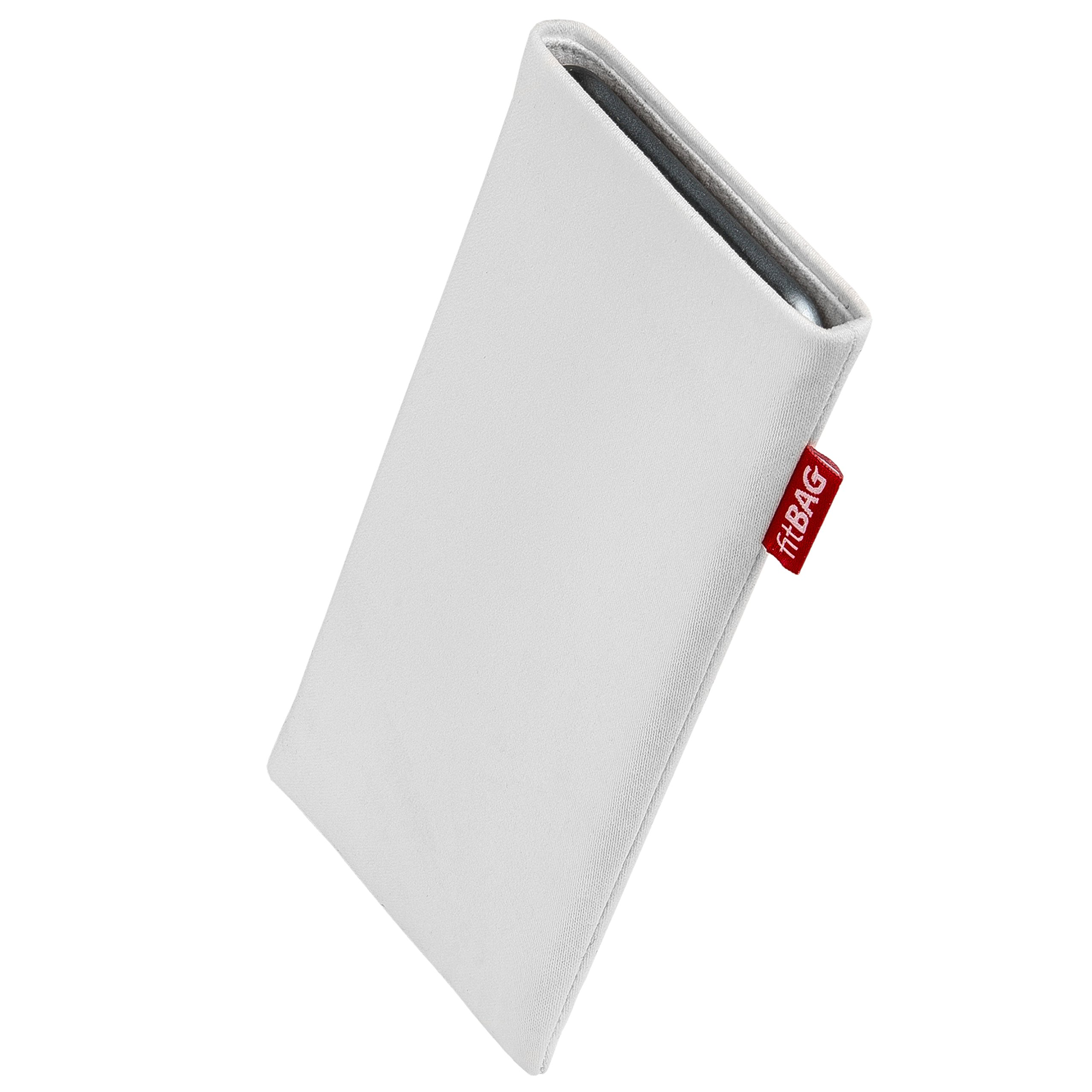 fitBAG Rock White custom tailored sleeve for Apple iPhone X. Fine suit fabric pouch with integrated MicroFibre lining for display cleaning