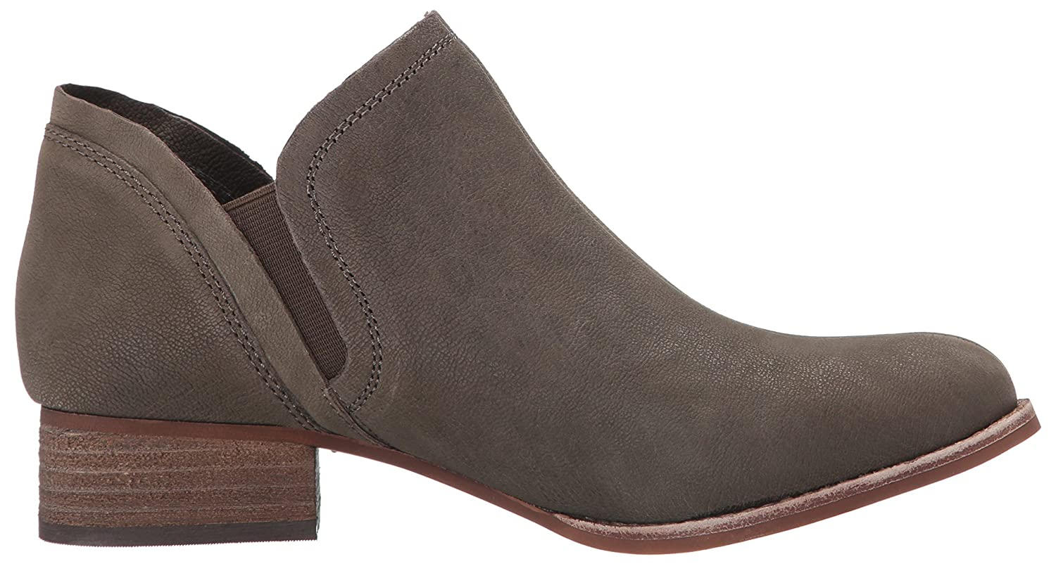 bacc63b1551c ... Vince Camuto Women s Carlal Ankle Bootie B01J6E2EY0 B01J6E2EY0  B01J6E2EY0 8.5 B(M) US