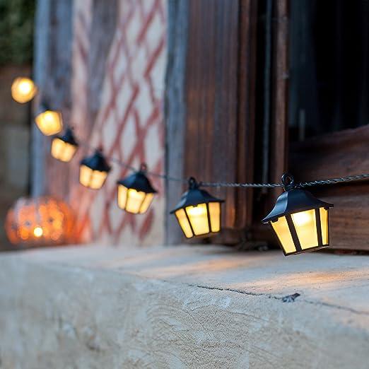 8 opinioni per Filo di 10 lanterne con LED a luce bianca neutra ad energia solare di Lights4fun